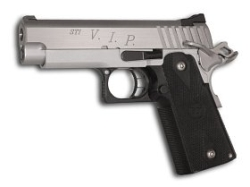 STI 3.9 VIP .40 S&W, with extra mag