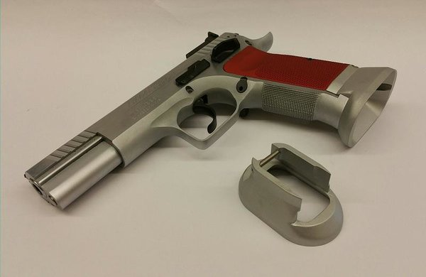 Henning Tanfoglio Frame Competition Magwell