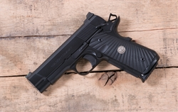 Wilson Combat UltraLight Carry Professional 9mm